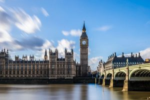 How to determine tax status in the UK