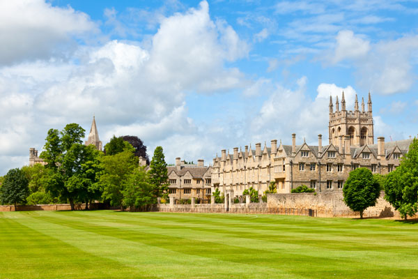 How to find the best place to study in the UK